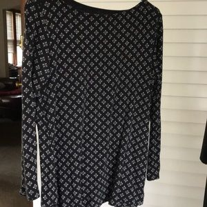 Pretty tunic for work or casual